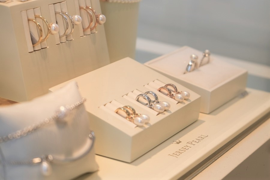 Jersey Pearl at Jewellery Niche