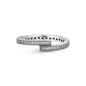 Pandora Sparkling Overlapping Ring - Silver