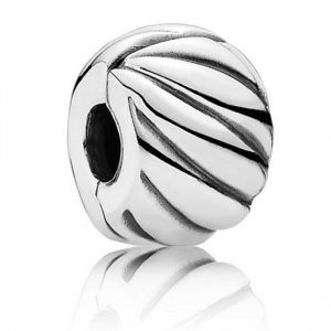 Pandora Polished Feathered Clip Charm