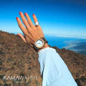 Kamawatch Vintage Pegaso Watch - White / Dark