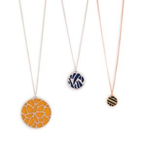 Les Georgettes Reversible 45mm Pendant Leather Insert