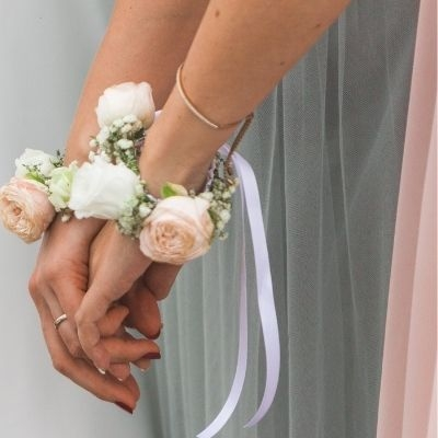Bridesmaid jewellery and gifts