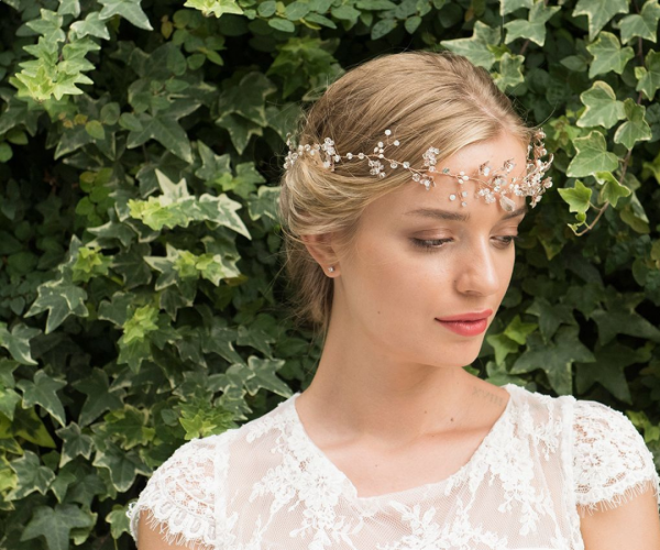 Bridal hair accessories we love and how to choose yours