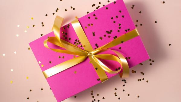 Top 5 birthday gifts to give in June